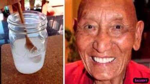 Защо тибетските монаси имат здрави, бели зъби