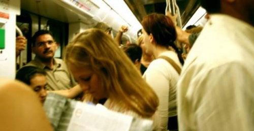 Видове тревожност - социална фобия