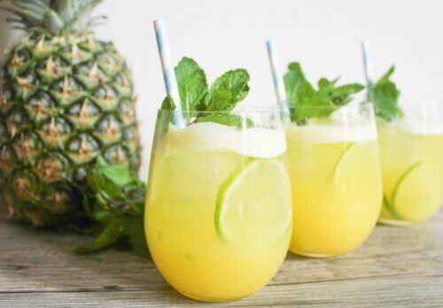 6 ползи на водата от ананас