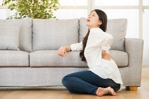 болка в гърба - един от важните симптоми на фибромиалгията