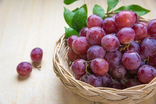 5 причини да ядете червено грозде