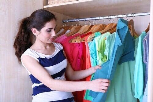 5 съвета за сгъване на дрехите, за да имате повече място в гардероба