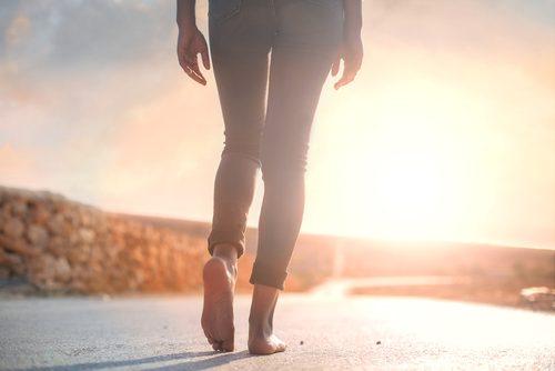 ходенето помага за овладяване на тревожността