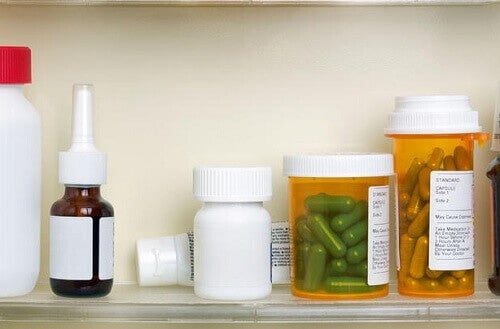 Не съхранявайте лекарства в банята.