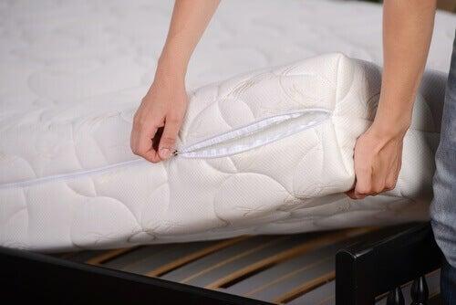 дезинфекциране на матрак и възглавници