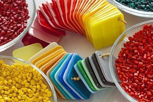 пластмасата може да е под всякакви форми