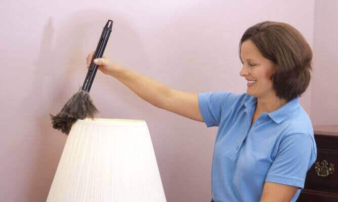 почистване на лампа