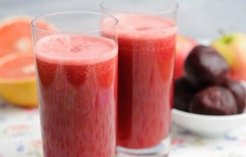 Сок от грейпфрут за подобряване функционирането на черния дроб