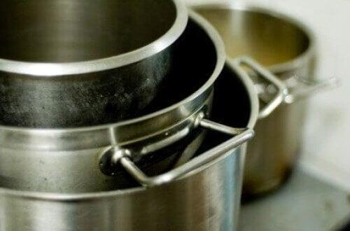 приложение на алумниевото фолио в кухнята