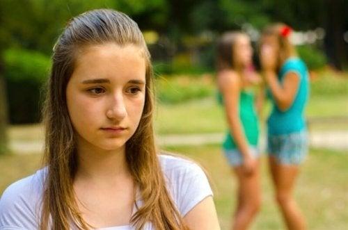 емоционалната злоупотреба често трудно може да бъде уловена