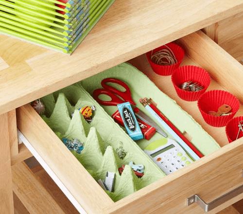 оргганизирането на къщата - малките вещи в опаковки от яйца