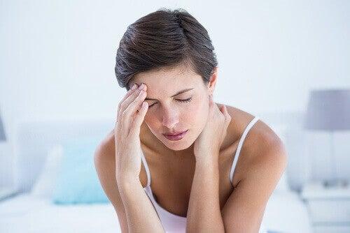 Розовата хималайска сол се бори с мигрената