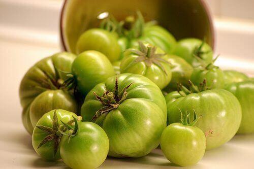 лечение за облекчаване на варикозни вени със зелени домати