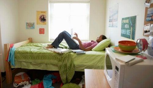 Поддържайте дома и стаята, където спите чисти