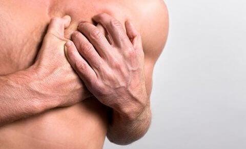 болката в гърдите е свързана с усещане за дискомфорт в областта на сърцето