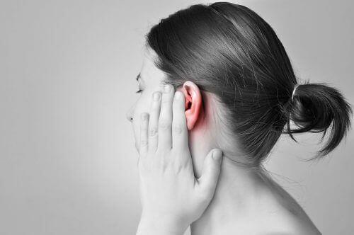 Vicks VapoRub облекчава болка в ушите