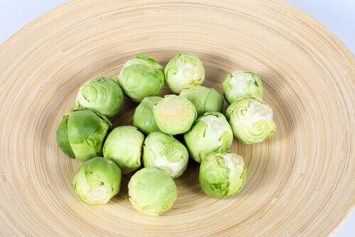 брюкселско зеле спада към зеленчуците, богати на протеини