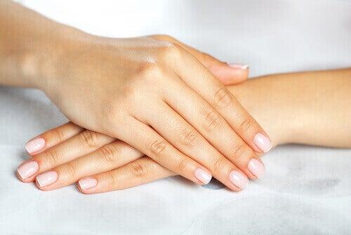 Vicks VapoRub за красиви ръце