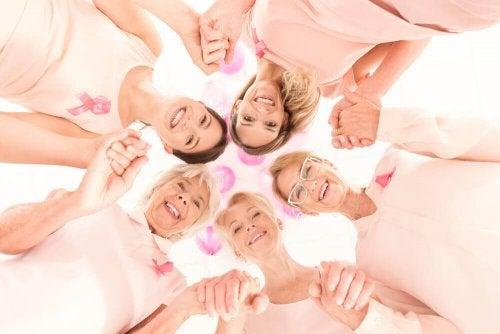 ракът на гърдата е по-често срещан след 50-годишна възраст