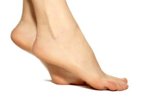 разтягане на краката при проблем с разширените вени