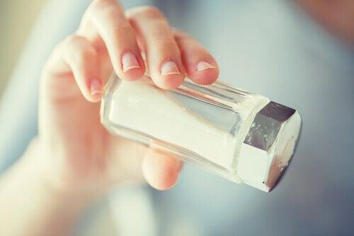внимавайте с добавянето на сол във вашите ястия