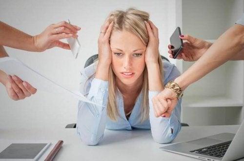 Стресът може да е причина за появата на болката в гърдите