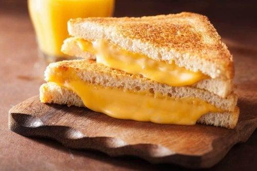американско сирене, което сериозно вреди на сърцето