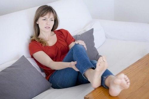 болка в краката, причинена от кръвосъсиреците