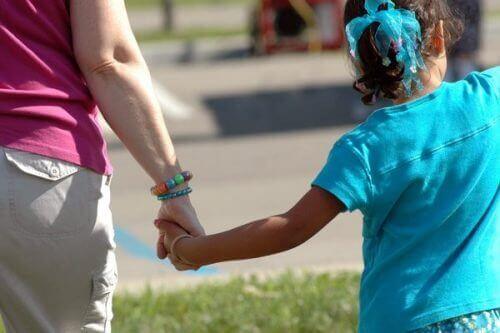 По-голяма част от насилниците не са непознати за децата
