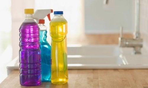 Пластмасовите бутилки не трябва да се употребяват повторно