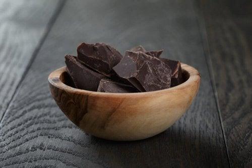 кетогенната диета включва и черен шоколад