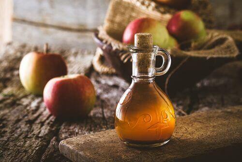 ябълков оцет против бълхи