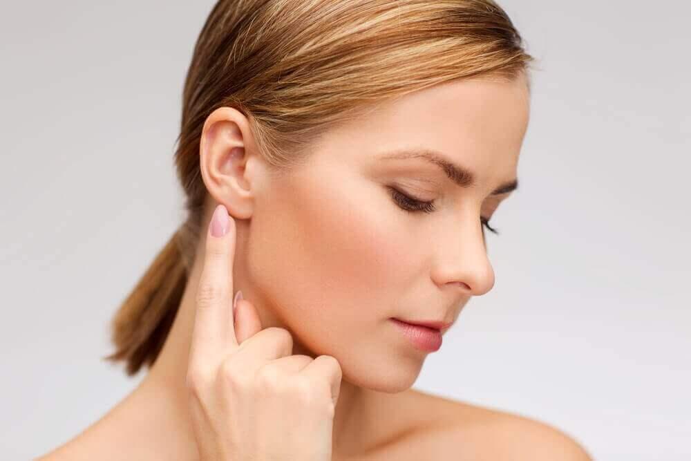 Съвети и натурални средства предпазващи от появата на глухота
