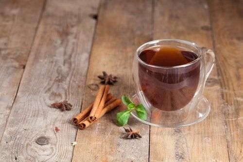 Чай от канела при проблеми с газовете