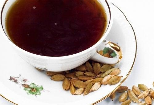 Чай от кардамон за пречистване от токсините
