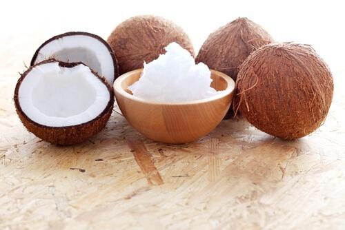 кокосово масло против стрии