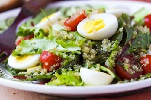 здравословна салата с яйца