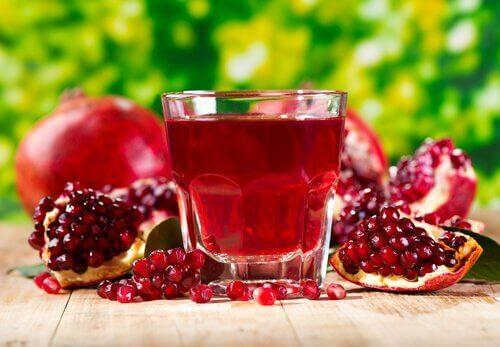 сок от нар помага за инфекции на пикочните пътища