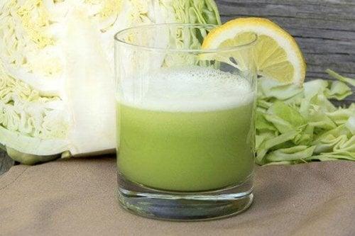 сок от зеле срещу проблеми с гастрита
