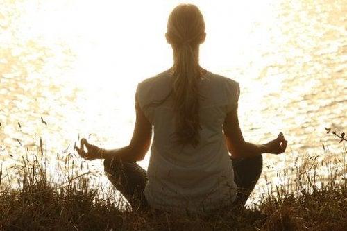 Занимавайте с йога или медитация за по-спокоен живот
