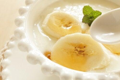 Рецепти за закуска - веганско мляко с банан