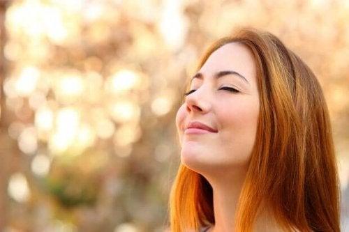 за да се спасите от изтощение, опитайте да изпитвате благодарност