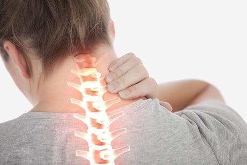 Намалете болката във врата с тези 4 лесни упражнения