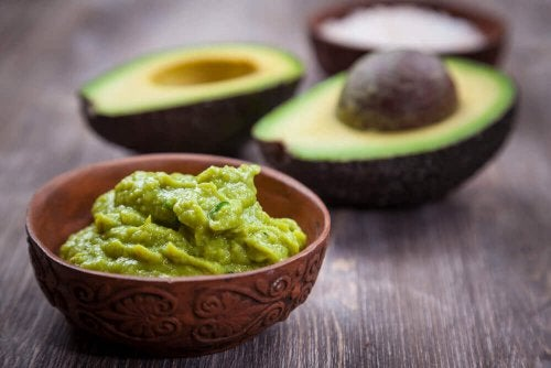 гуакамоле и авокадо