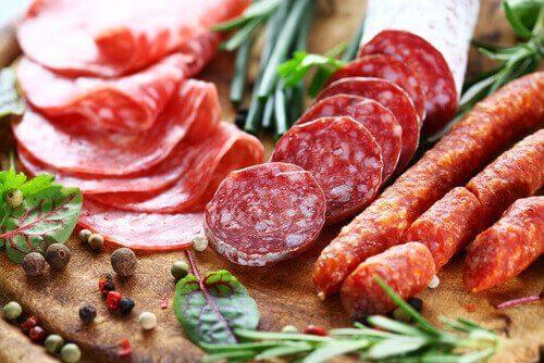 колбасите повишават кръвното налягане