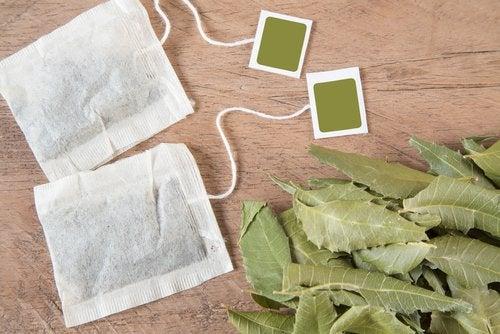 Чай от маргоза срещу лоша вагинална миризма
