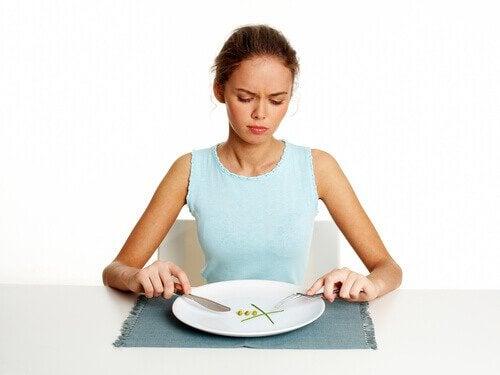 навиците да ядете бързо сутрин пречат на отслабването