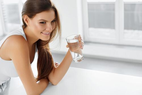 пиене на вода и задържане на течности