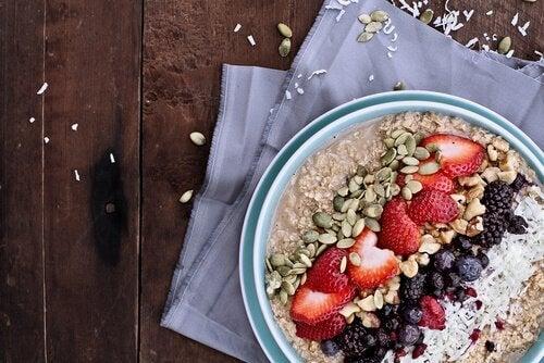 изпълваща с енергия закуска със семена