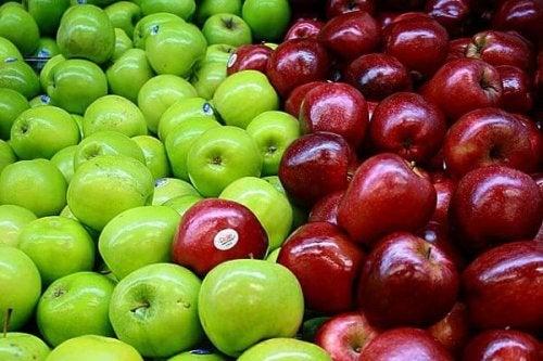 ябълките са един от най-добрите избори за прочистването на дебелото черво